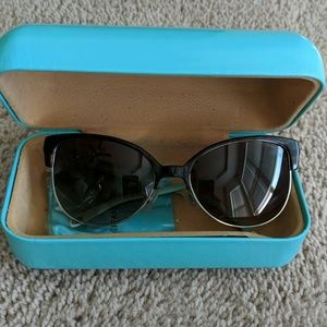 Tiffany's TF 4080 sunglasses tortoise